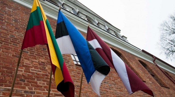http://cont.ws/uploads/pic/2015/11/triju-baltijos-saliu-prezidentu-susitikimas-65944950%20%281%29.jpg