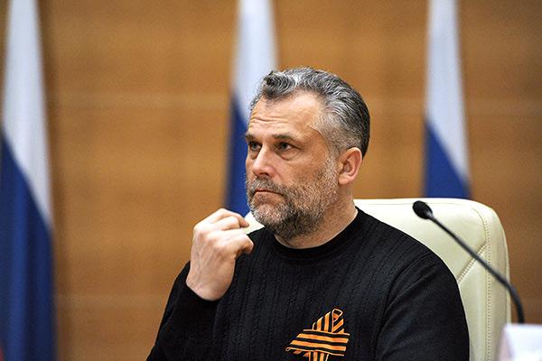 Губернатор Севастополя просит Чалого остаться