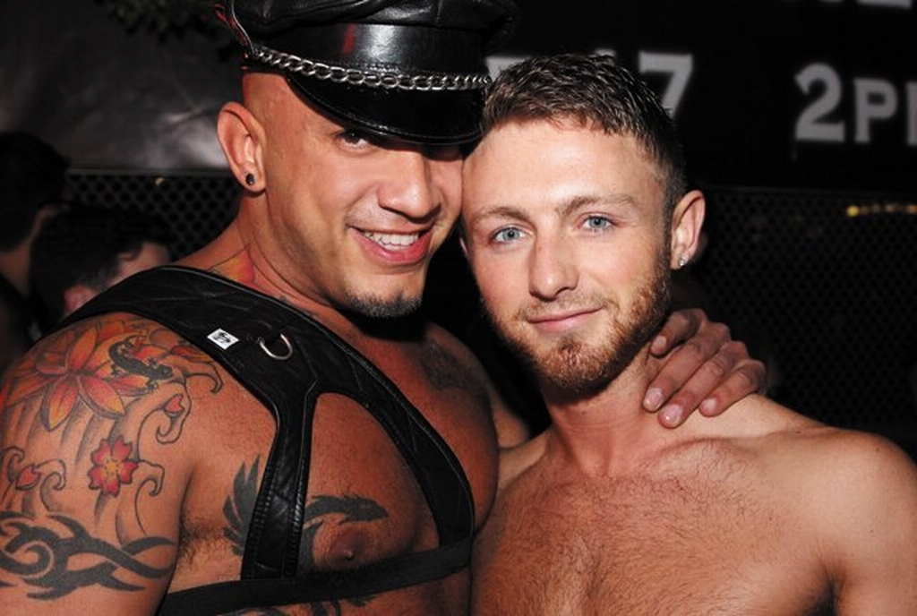 Мужчина гомосексуализм секс архив фото 147-420