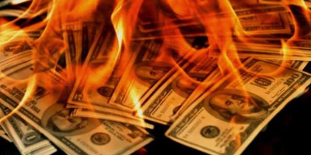 Американские СМИ предрекают США повторение судьбы Греции. Четыре всадника надвигающегося на США Апокалипсиса. Дедолларизация: карта краха резервной валюты