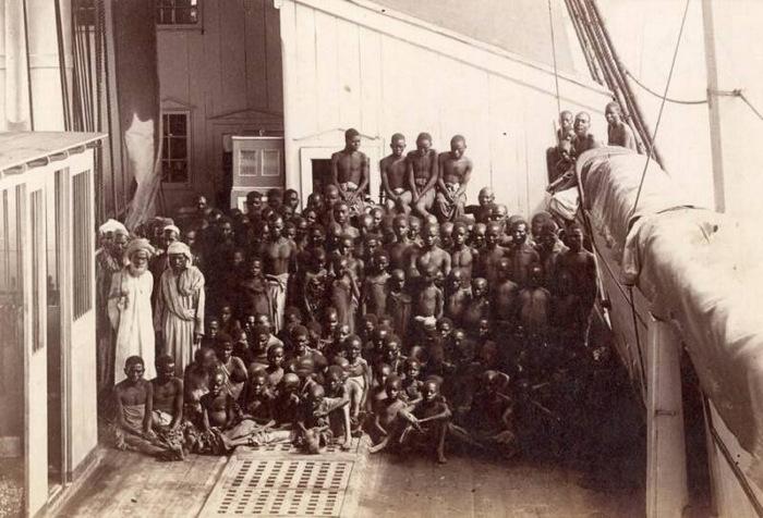 Дамы наказывают рабов фото 190-292