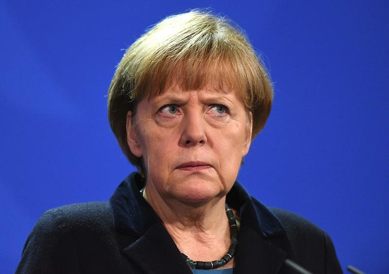 Эксперт: Путин пытается ослабить позиции Меркель, чтобы добиться снятия санкций с РФ