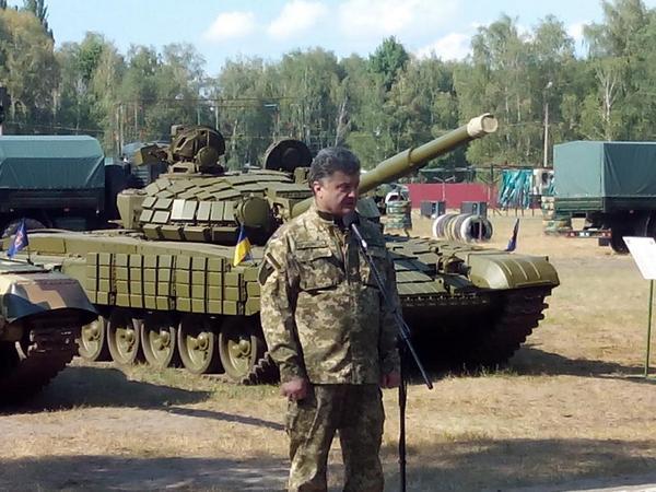 Проблема недопоставок запчастей к российским танкам и БТР/БМП