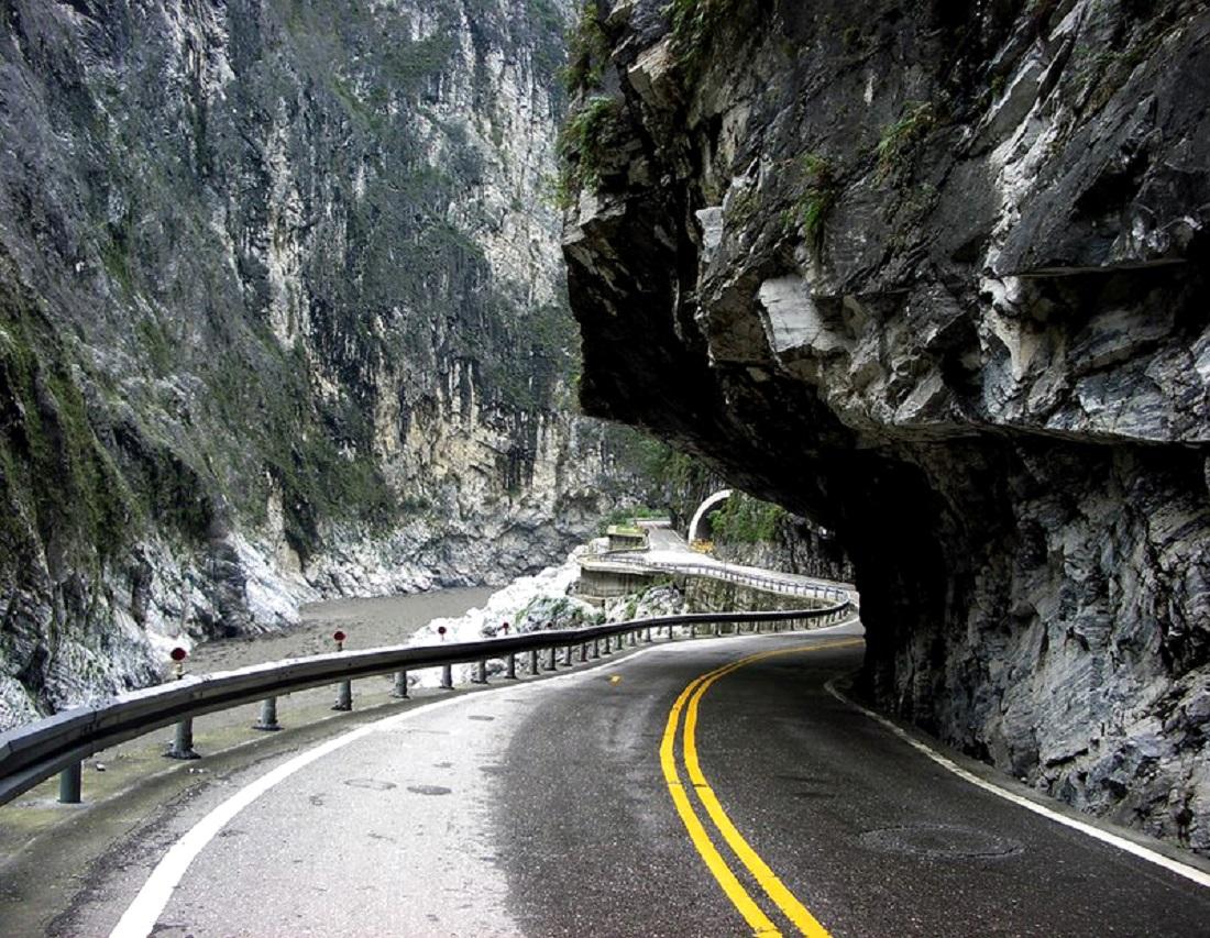 Каракорумское шоссе, Китай и Пакистан