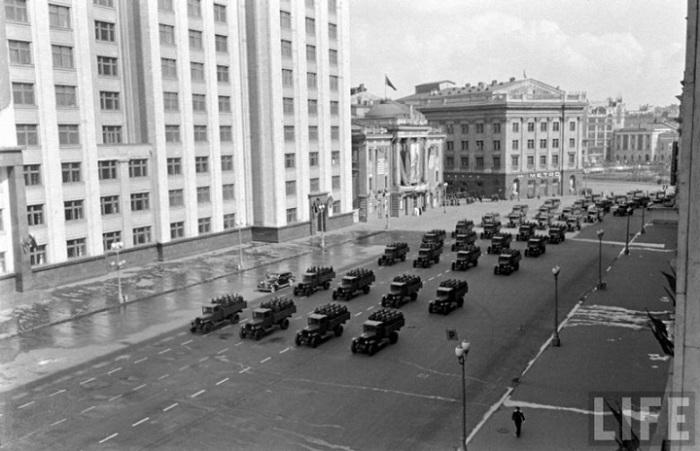 Moskov1947-13.jpg