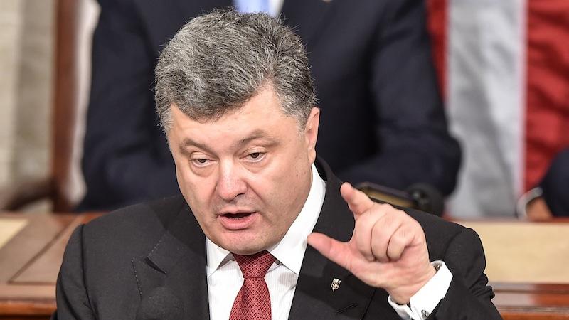 Картинки по запросу ВАЖНО! Ахметов, Порошенко и российская сторона обратно развели всю Украину,- Источник