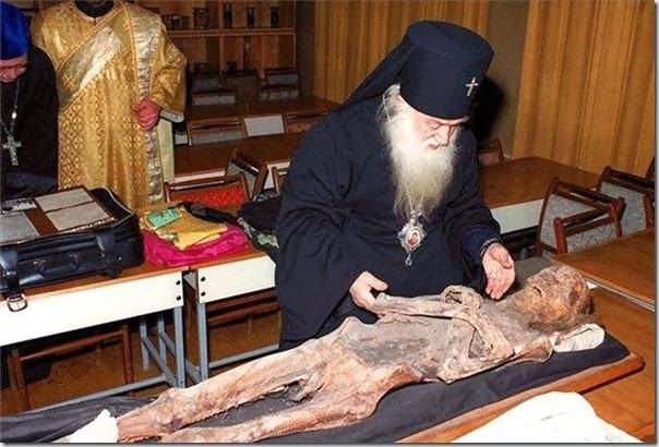 054 - почитание святых мощейavi