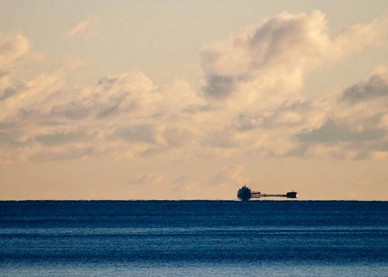 День, открытки миражи морские