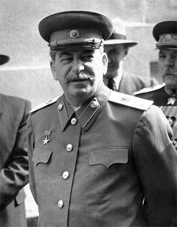 Действительно Сталин оказался на высоте как верховный главком  во время войны?