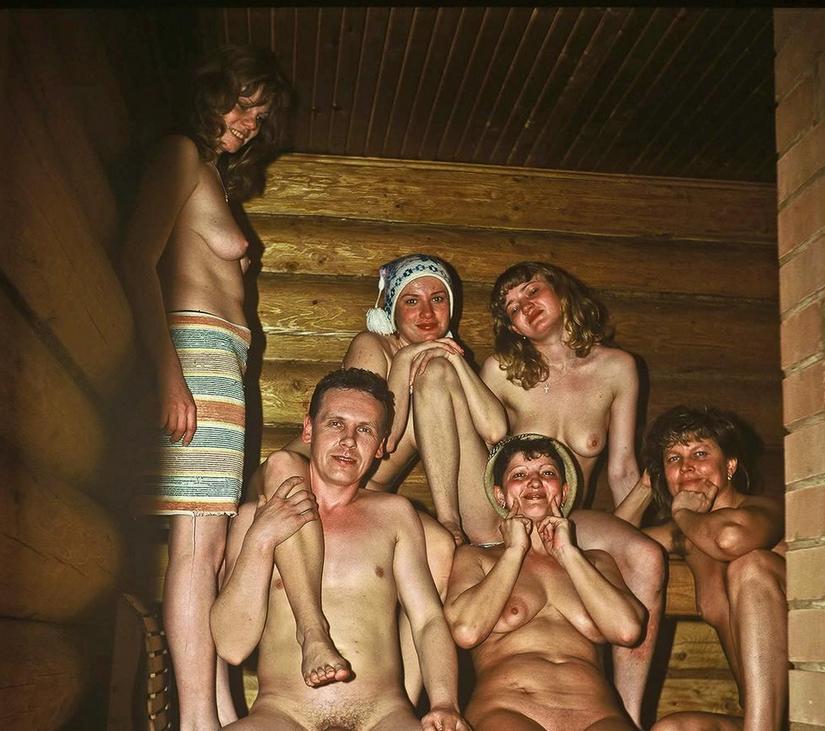 Нудисты В Сауне
