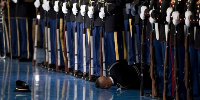 Солдат в обморке: Прощальная речь Обамы