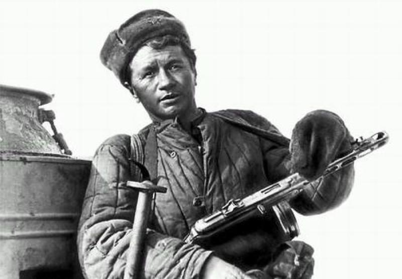 Кружевное белье в обмен на ватник и... Россию