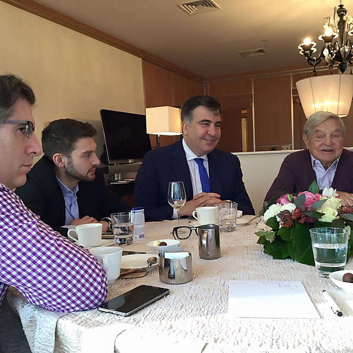 Игра против Порошенко: раскрыт след Сороса в пришествии Саакашвили на Украину