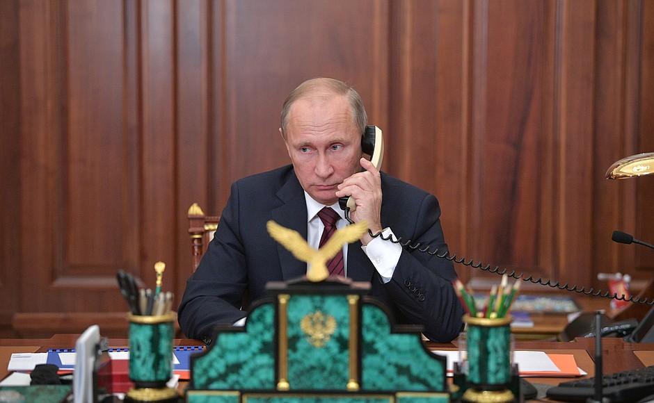 Неудобный звонок из Кремля