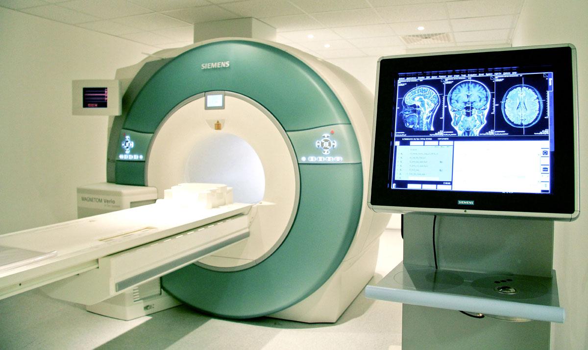 свет потух, кто создал первую магнитно-резонансной томографии всему периметру