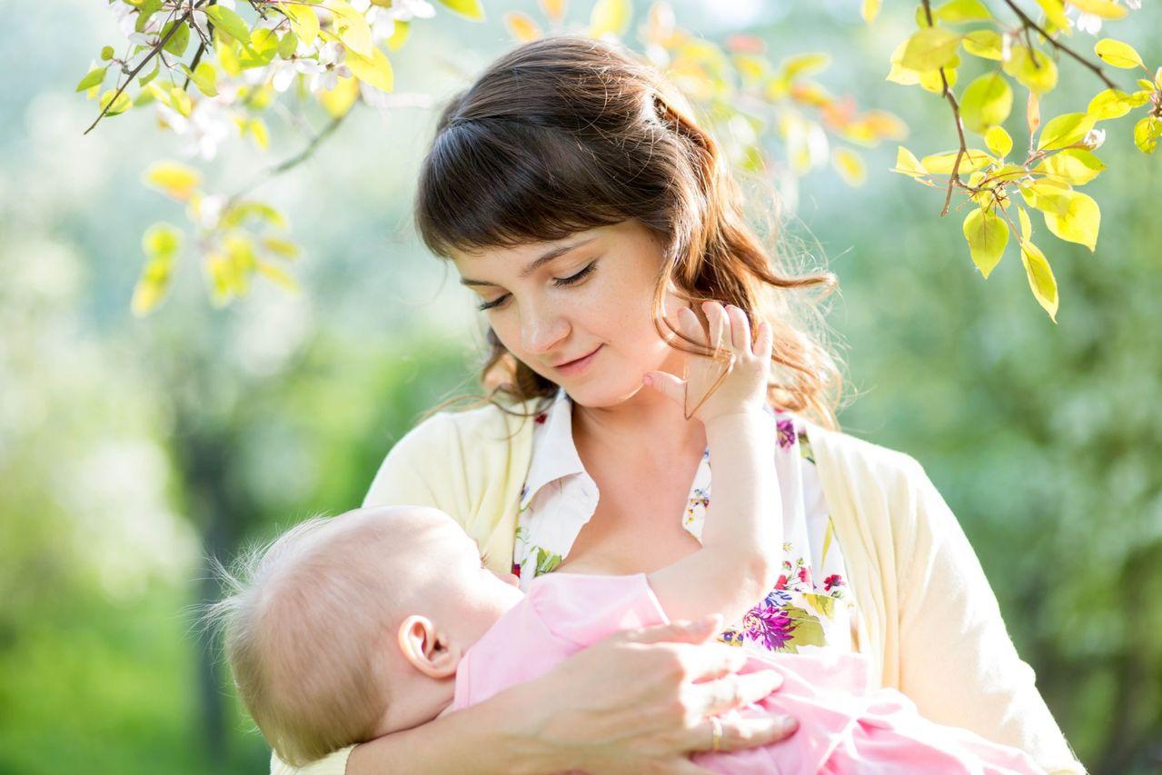 К чему снится держать на руках грудного ребенка