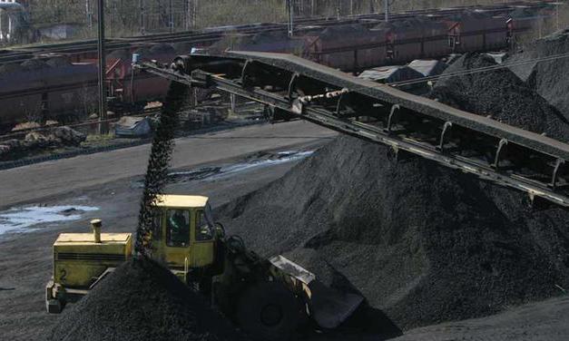 Замерзаете?  Польша отказалась помочь Украине с углем