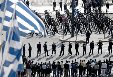grek-parad.jpg