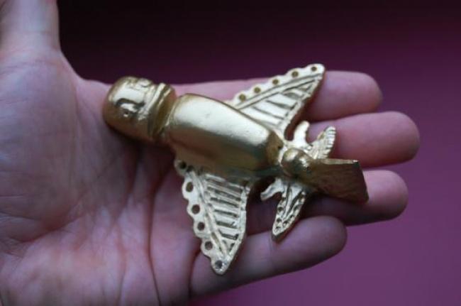 Золотые фигурки инков
