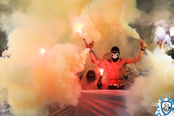 """""""Наукраинефашизманет"""" в очередной раз """"подтверждают"""" футбольные фанаты 14"""