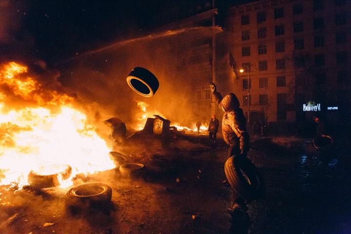 Эдуард Лимонов: С Украиной пора кончать
