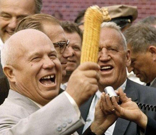 Хрущёва отстранили от власти за то, что он довёл страну