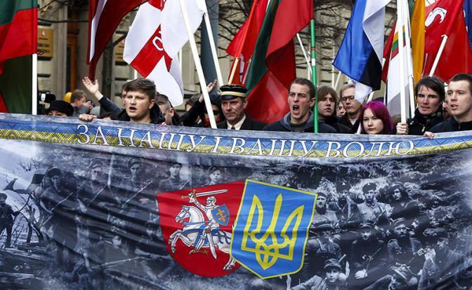 Почему Запад в упор не видит нацизма на Украине
