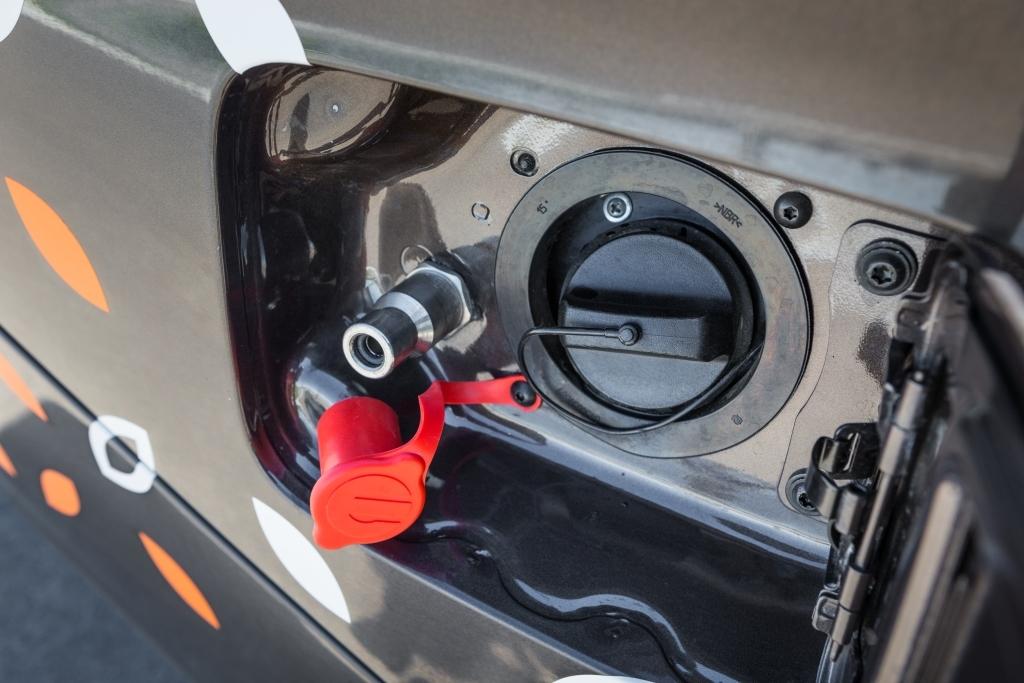 1 100 км на одной заправке: начат выпуск новой версии Lada Vesta