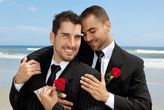 Гомосексуалисти в г ровно фото 20-974