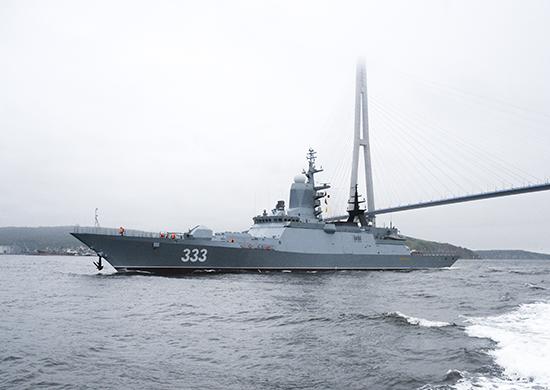 Россия стремится к морскому паритету на море: гегемонии США приходит конец. России необходим океанский флот, потому что растет спрос на её лидерство