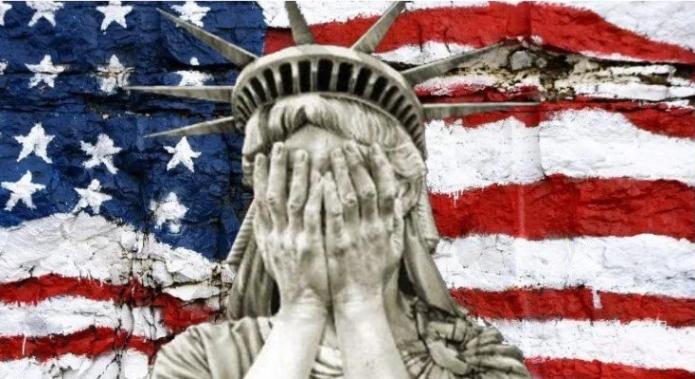 США переходят от демократии к феодальному строю