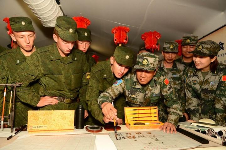 Китайские военные перенимают опыт армии России