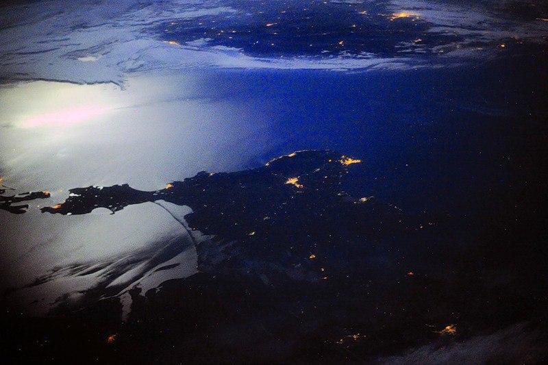 бежевый фото крыма без света из космоса была глупой
