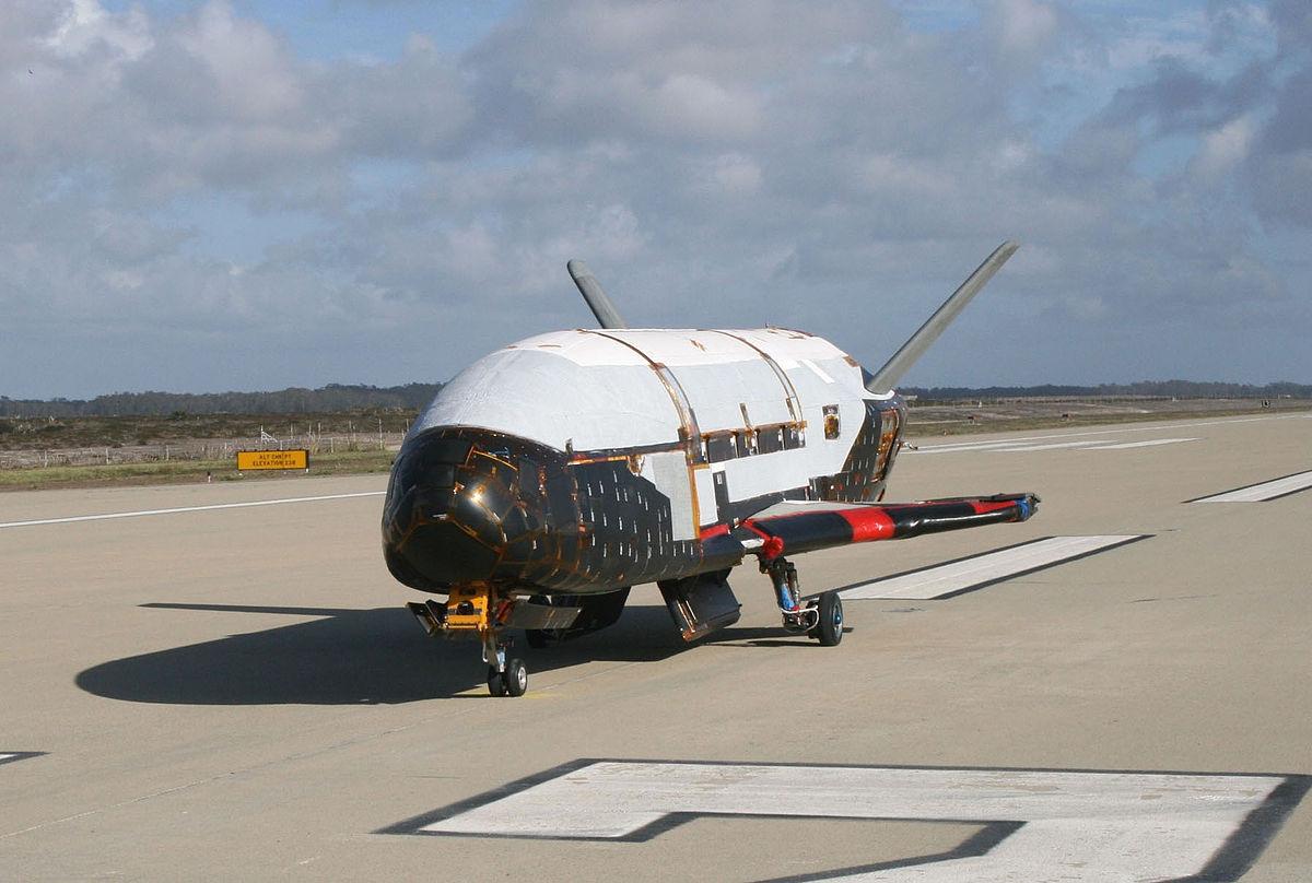 космический самолёт Х-37( США)