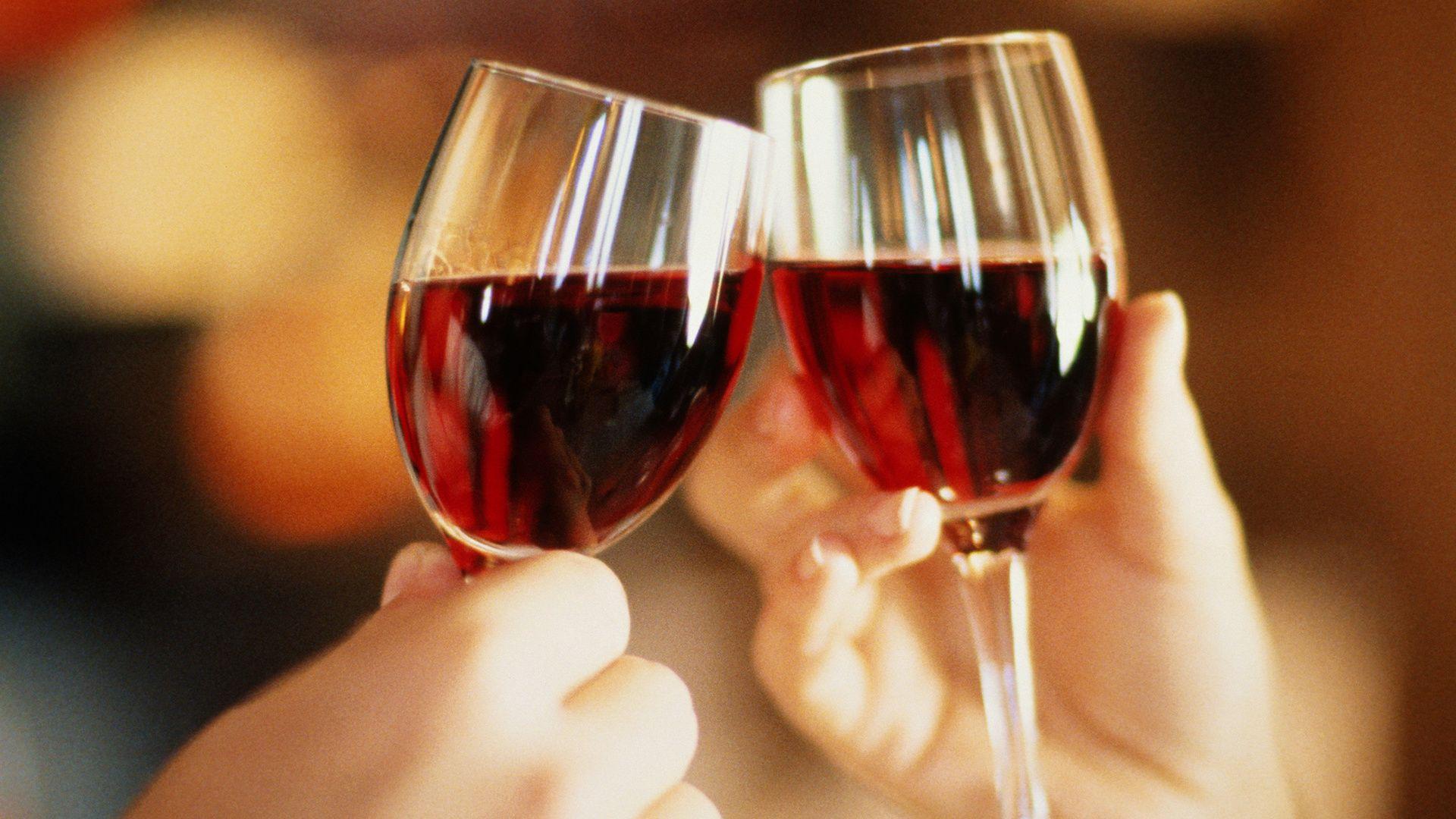 Картинки два бокала вина