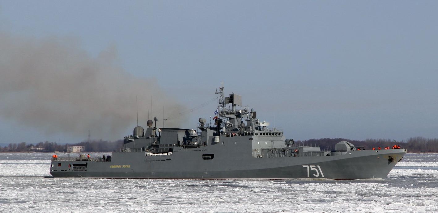 Две корабельные группы Черноморского флота начали учения в Средиземном море