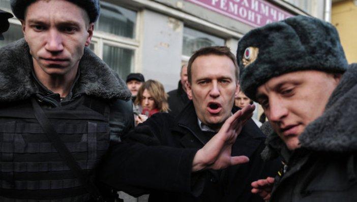 Зачем оппозиционеру Алексею Навальному нужен митинг 5 мая?