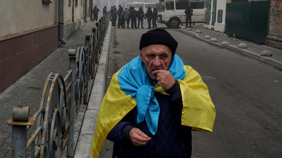 Киев, вы слабое звено, прощайте!