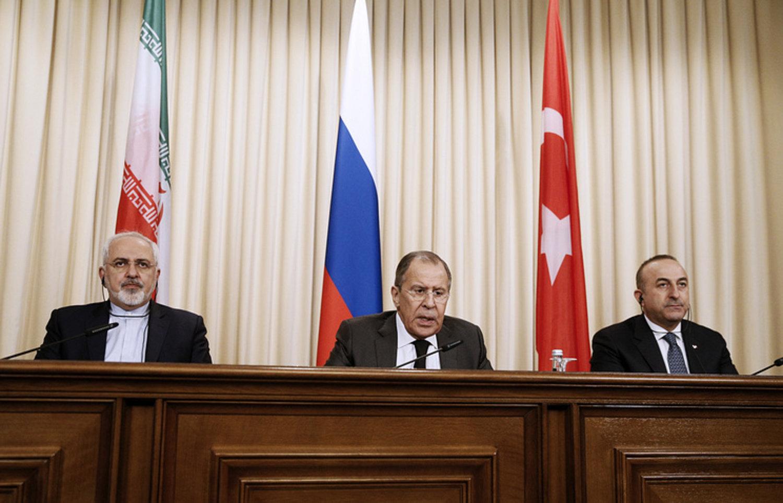 Устранить Россию и рвать Сирию на куски: об истинных целях критики мирного урегулирования в «Астанинском формате»