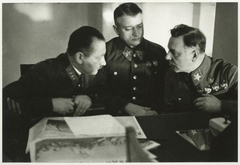 Картинки по запросу Федько, Тухачевский и Ворошилов