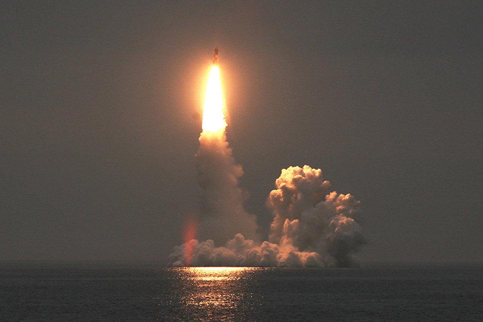 """Дружить с """"Булавой"""". Как новую российскую ракету научили летать"""