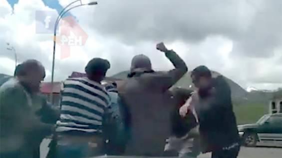 Тридцать против одного: В грузинском Гудаури избили парапланериста из России