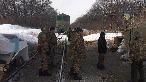 """Массовку """"блокады Донбасса"""" массово постигли """"суициды"""""""