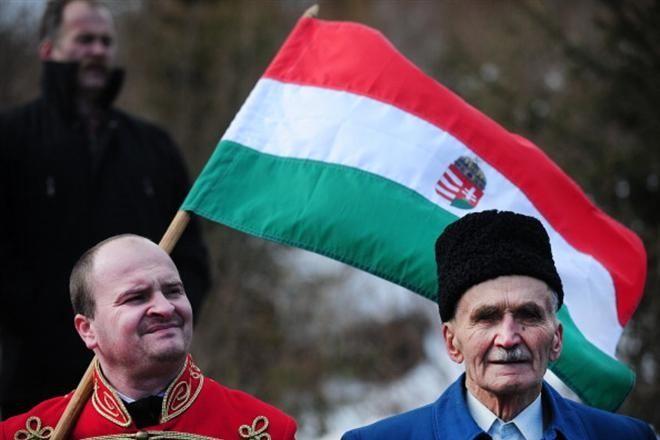 Венгры Закарпатья хотят присягнуть Будапешту