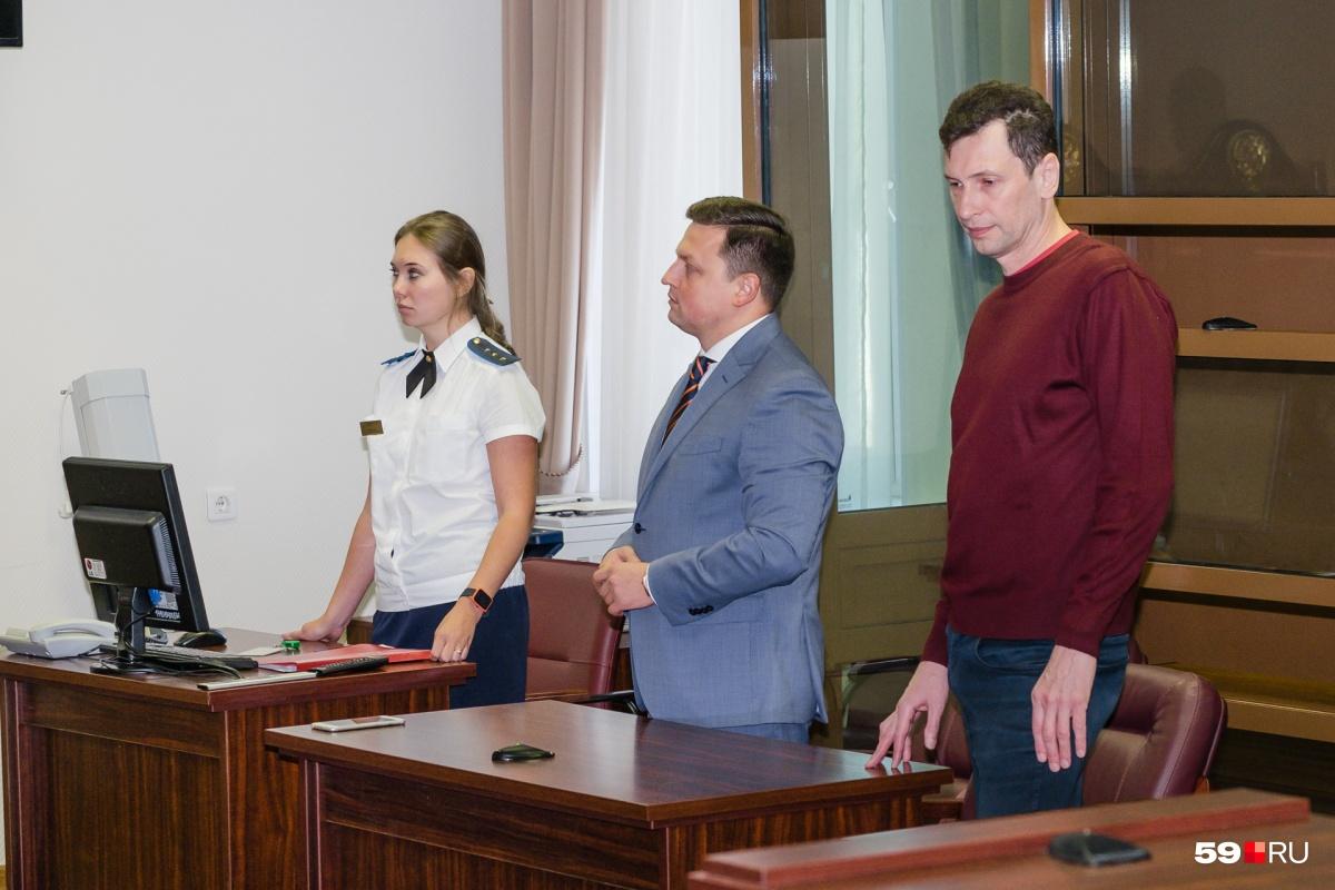 Человека и гражданина России обвиняли