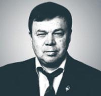 Микрюков В. Ю., - его биография здесь:  https://4fasol.com/bio/ology/104534