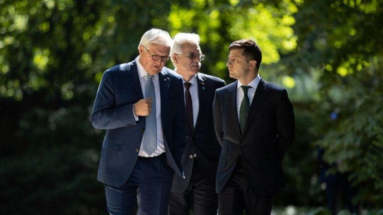 Штайнмайергейт или саботаж? Киев любой ценой уходит от Минских соглашений