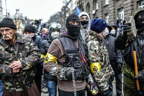 «Мордой в пол и в клетку»: В Киеве, наконец, вспомнили, как поступать с нацистами