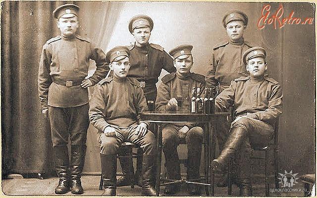 Русские офицеры пьют и ебутся, порно видеочат только челябинские