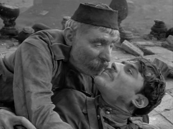 xud film otec soldata